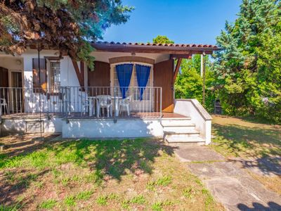 Photo for Lido di Volano Holiday Home, Sleeps 6 with Air Con