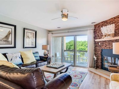 Photo for Carolina Treat: Oceanfront, 3 bedroom townhome, community pool and tennis court.