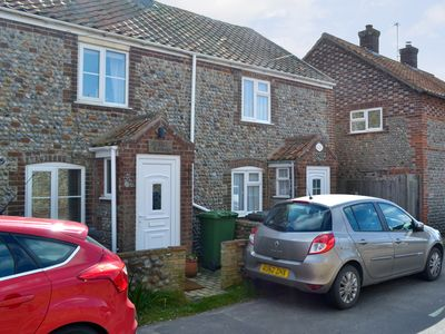 Photo for 2 bedroom accommodation in Bacton, near Happisburgh