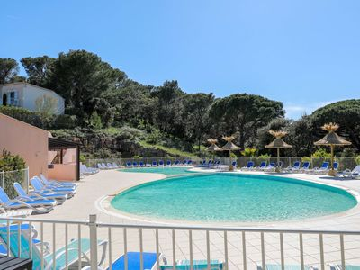 Photo for Nice apartment for 6 people with pool, WIFI, TV, balcony and parking