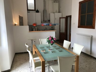 Photo for With large roof terrace in beautiful medieval town, around which the river Tiber winds