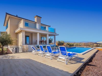 Photo for Beautiful private villa for 10 guests with private pool, A/C, WIFI, hot tub, TV, balcony and par...