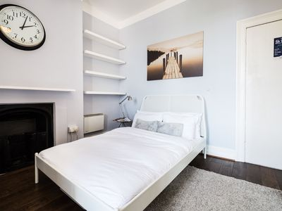Photo for NEW vibrant room in Shoreditch (7)