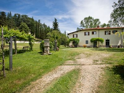 Photo for Maria Chiara, Apt. with pool in middle Tuscany