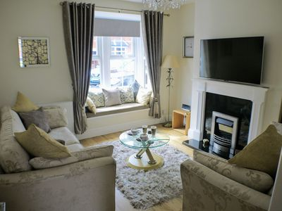 Photo for Luxury and comfort located 200 yards from Historic Cathedral Quarter of Lincoln