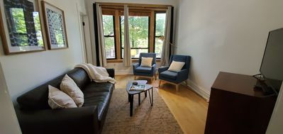 Photo for Private Apartment -1 mile from Wrigley Field+30 min to Downtown (Roscoe Village