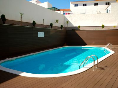 Photo for Sailor - Holiday apartment, 1 km to the beach with balcony and Heated Pool.