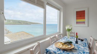 Photo for Atlantic Blue overlooks Porthmeor beach in St Ives. Very close to town centre, shops, restaurants. Free parking. Free WiFi.