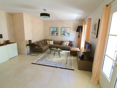 Photo for Beautiful apartment nearby Place des Lices