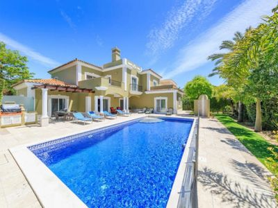 Photo for Vale do Garrao Villa, Sleeps 10 with Pool, Air Con and WiFi