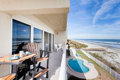 Huge wrap-around balcony, not right over the pool so very peaceful & private.