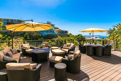 Dine al fresco with a beautiful ocean and mountain view.