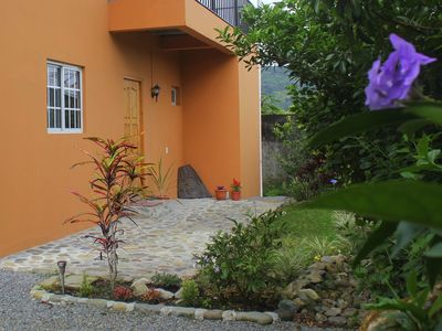 Photo for Spacious 1 bedroom, 1 bath apartment w/large kitchen, 5 minutes to Bajo Boquete
