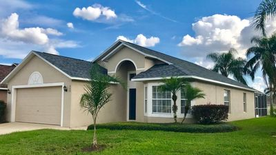Photo for Family-friendly and budget-friendly 4 bedroom pool home, sleeps 8 guests