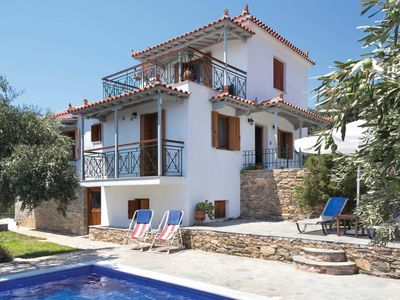 Photo for Secluded 2 bedroom villa - free Wi-Fi, PS3, private pool, terrace & BBQ