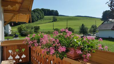 Photo for Apartment Zell am Moos for 2 - 4 people with 2 bedrooms - Holiday home