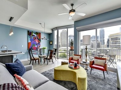 Photo for Prime 1BR w/ Pool + Gym in Downtown Austin