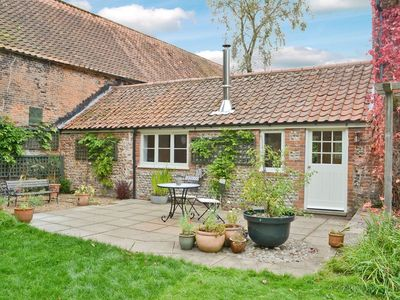 Photo for 1 bedroom accommodation in Briston, near Holt