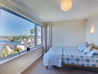 Photo for The Lookout - One Bedroom Apartment, Sleeps 3