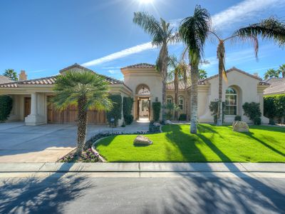 Photo for Updated 3 bed & Den 3.5 bath Golf Home in Mountain View Country Club La Quinta
