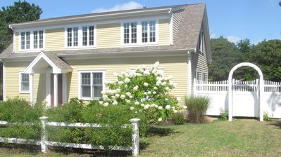 Photo for Family and pet-friendly Happy Yellow House - walk to the beach!