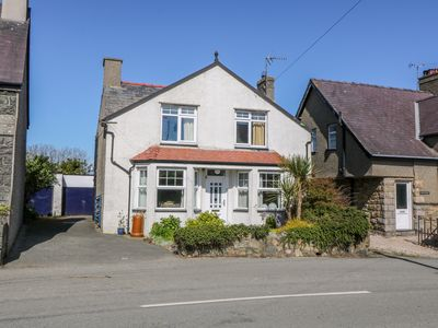 Photo for BRYN MOR, pet friendly, with a garden in Tudweiliog, Ref 1002314