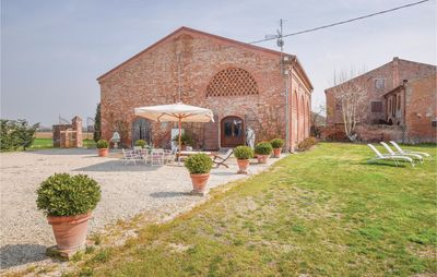 Photo for 1 bedroom accommodation in Sanguinetto (VR)