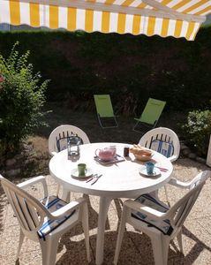 Photo for Carnac Beach-ground garden studio -refait nine. 3mn on foot beaches and thalasso
