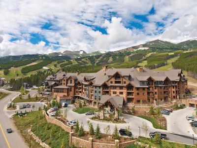 Photo for Fantastic Deal! Grand Lodge On Peak 7 Ski Resort- 2 Bedrooms July 19-26