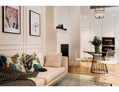 Photo for Contemporary luxury in the heart of Sydney
