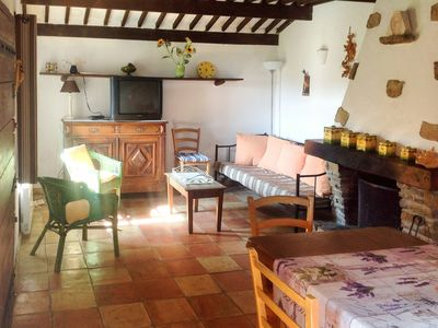 Photo for Nice apartment for 6 people with private pool, TV, pets allowed and parking