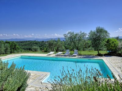Photo for Apartment with pool, WIFI, TV, pets allowed, panoramic view, parking, close to Greve In Chianti