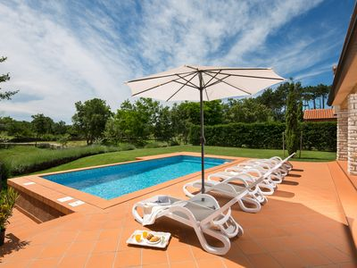 Photo for Beautiful decorated 5 * villa with private swimming pool surrounded by nature