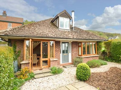 Photo for WESTDALE, family friendly, with open fire in West Malvern, Ref 918839