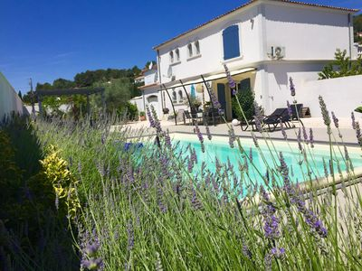 Photo for Top villa with pool, newly renovated in Provence