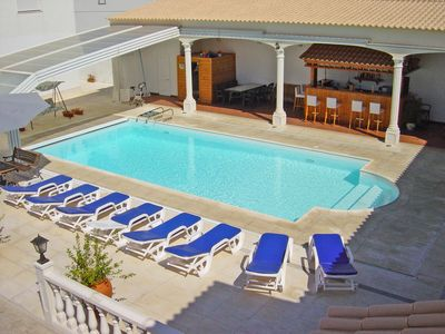Photo for House with 3 bedrooms on the ground floor overlooking the pool.