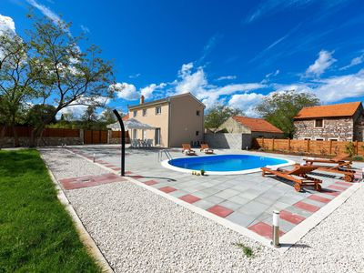 Photo for Nice holiday home with private swimming pool, big  garden, only 4km from the sea