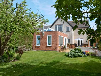 Photo for 4BR House Vacation Rental in Stratford-upon-Avon