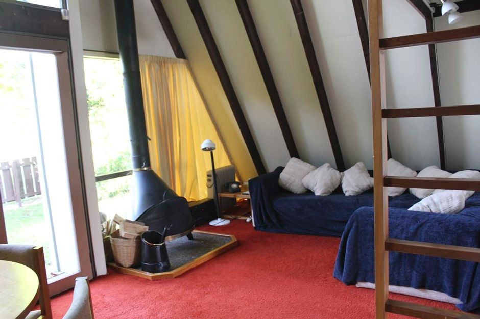 Tapatoru lodge, cosy ski bach/mountain bike base