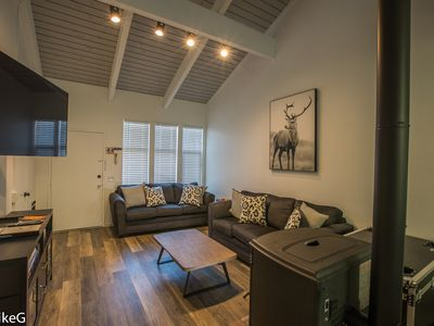 Photo for Large Modern Rustic TownHome - 3 Bed + Loft, 2 Bath. On Green Shuttle Line