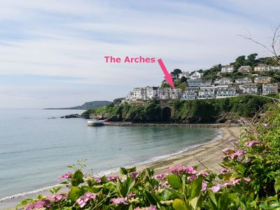 Stunning apartment for four overlooking Looe bay, with parking.