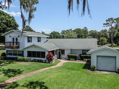 Photo for Spacious 4 bedroom Beachfront home on Lake Clay