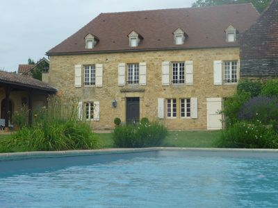 Photo for Great charming house with swimming pool Black Périgord