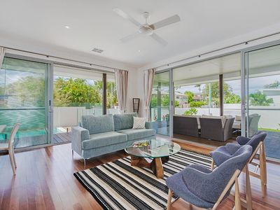 Photo for Walk to the Noosa River, Quality Indoor/Outdoor Living, Noosaville family home