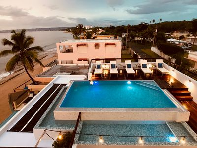 Our new (Apr 2019) infinity-edge pool w/ kiddie pool...for your exclusive use!