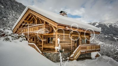 Photo for Chalet des Gens - Lovely 4 bedroom chalet in the center of Les Houches