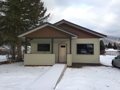Photo for Ann's Little House in McBride: a cozy, comfortable haven!