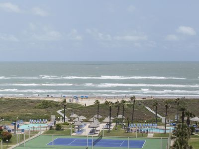 Huge Balcony; Remaining April dates $150 a night 4/11-15, 18-23, 26-30)