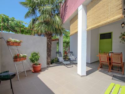 Photo for Studio with terrace 200 m from the beach
