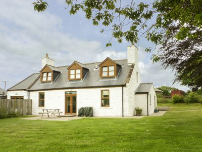 Photo for DRUMFAD COTTAGE, pet friendly in Port William, Ref 977427